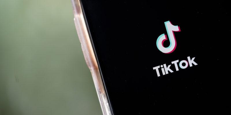 as-the-clock-ticks-microsoft-twitter-and-netflix-jostle-for-tiktok
